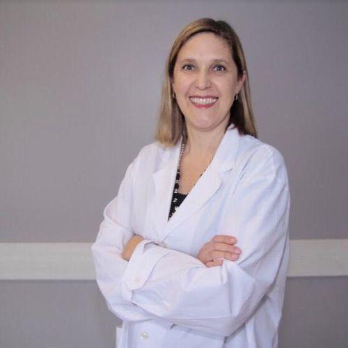 Dra. Carolina Goetze